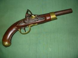 Ancien Pistolet Cavalerie à Silex Italienne Sur Mod.AnXIII - Armes Neutralisées