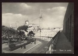 BRINDISI - 1953 -  NAVE IN PORTO - Brindisi