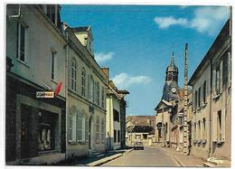 TRAINEL - Rue St Antoine - France