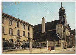 TRAINEL - Eglise St Antoine, Maison De Retraite - France