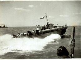 21 * 27 Cm Navio De Guerra - Warship -  Kriegsschiff  GUERRE - Barcos