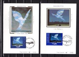 """"""" FRANCE - BELGIQUE 1998 : MAGRITTE """" Sur 2 Cartes Maximum En Soie N°tées. N° YT 3145 + BEL 2755. Parfait état. CM - Emissions Communes"""