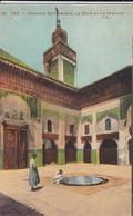 MAROC---FEZ---médersa Bou-anania, La Cour Et Le Minaret--voir 2 Scans - Fez (Fès)