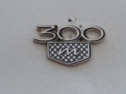 Pin's MERCEDES 300 - Mercedes