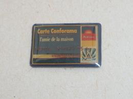 Pin's CARTE CONFORAMA - Banks