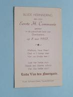 Linda Van Den NOORTGAETE Op 8 Mei 1957 Te Parochiale Kerk Van OVERBOELARE ( Zie/voir Photo ) ! - Communion