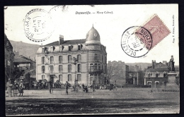 CPA ANCIENNE FRANCE- DECAZEVILLE (12)- PLACE CABROL EN TRES GROS PLAN- BELLE ANIMATION- HOTEL DE FRANCE- ARBRES PLANTÉS - Decazeville