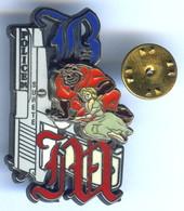 BIG Pin's Rare Double Moule Police Sureté La Belle Et La Bete Signé Fred Herlu - Police