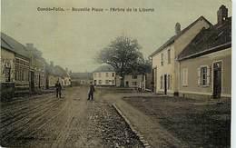 - Somme - Ref-C121- Conde Folie - Nouvelle Place -l Arbre De La  Liberté - Arbres De La Liberté - Arbres - - France