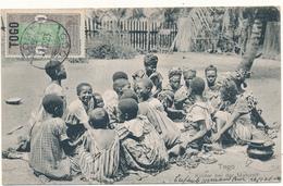 TOGO - Kinder Bei Der Mahlzeit - Mission Catholique, Lomé - Togo