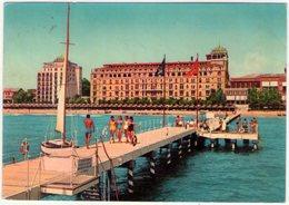 Venezia Lido. Spiaggia Ed Hotel Excelsior. VG. - Venezia