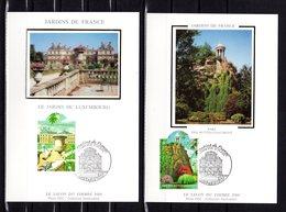 """"""" JARDINS DE FRANCE : BUTTES-CHAUMONT / LUXEMBOURG  """" Sur 2 Cartes Maximum En Soie 2003 N°YT 3606 3607. Parfait état. CM - 2000-09"""