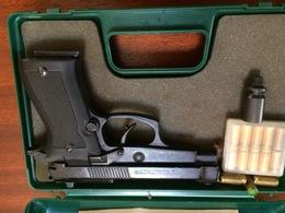 Pistolet D Alarme - Decorative Weapons