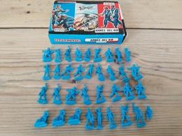 Figurines/ ATLANTIC / ARMEE DE L'AIR / 35 PIECES + Boîte D'origine - Années 70 - Army