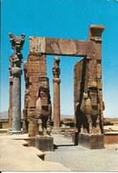 Cp Iran, Shiraz, Persépolis Site Archéologique, Temple, Taureaux Ailés - Iran