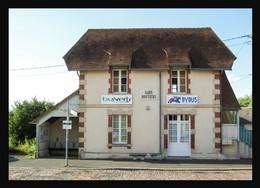 14  BAYEUX .... La Gare  Routiere - Bayeux