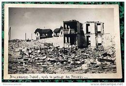D40 CARTE PHOTO N°1 RARE: BISCARROSSE-PLAGE < GUERRE 1940/45 APRES LE PASSAGE DES BOCHES - Biscarrosse