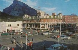 Chevrolet Impala,210,Pontiac Bonneville....,Mont Royal Hotel,Texaco Tankstelle,Alberta,Kanada,gelaufen - Voitures De Tourisme