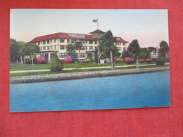 Hand Colored - New Smyrna Hotel  New Smyrna Beach  Florida      Ref 2931 - United States