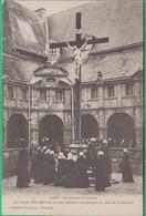 56 - Sainte Anne D'Auray - Le Calvaire Du Cloître - Les Jeunes Filles Désirant Un Mari  - Editeur: H. Laurent N°2089 - Sainte Anne D'Auray