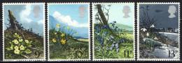 GRAN BRETAGNA - 1979 - SERIE FIORI SELVATICI: PRIMULA, TROMBONCINO, CAMPANULA, BUCANEVE - MNH - Neufs
