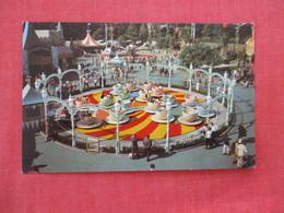 Disneyland Mad Hatter's Tea Party  Ref 2934 - Disneyland