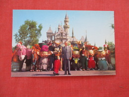 Disneyland -- Mickey Mouse & Walt Disney   Ref 2934 - Disneyland