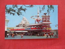 Disneyland -Tomorrowland  Rocket Jets    Ref 2934 - Disneyland