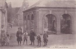 LA FERTE LOUPIERE - LA HALLE, VUE DE DERRIERE - 89 - Andere Gemeenten