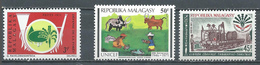 Madagascar YT N°492-495-498 Défense De La Foret - UNICEF - Laison Tananarive-Tamatave Neuf ** - Madagascar (1960-...)