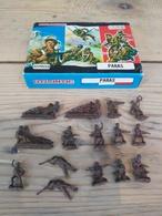 Figurines Militaires / ATLANTIC / PARAS / 15 PIECES + Boîte D'origine - Années 70 - Army