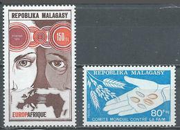 Madagascar YT N°545-546 Europafrique - Comité Mondial Contre La Faim Neuf ** - Madagascar (1960-...)