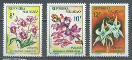 Madagascar YT N°385/387 Orchidées Neuf ** - Madagascar (1960-...)