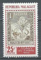 Madagascar YT N°422 Journée Du Timbre 1966 Neuf ** - Madagascar (1960-...)
