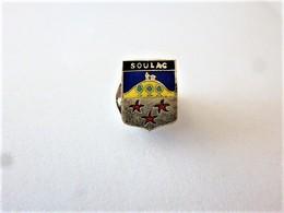 PINS VILLE SOULAC CP 33780 GIRONDE / BLASON ARMOIRIES / 33NAT - Cities
