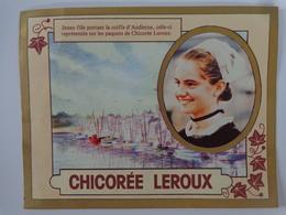 CALENDRIER CHICOREE  LEROUX 1985 JEUNE FILLE PORTANT LA COIFFE D'AUDIERNE - Calendriers