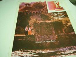 ANCIENNE AFFICHE PUBLICITE PARFUM SHOCKING DE SCHIAPARELLI  1980 - Fragrances