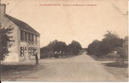 LA GRANDE HALTE ROUTE DE MONTARGIS A COURTENAY - Autres Communes