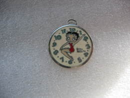 Pin's Betty Boop Dans Une Montre à Gousset - Pin-ups