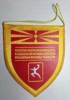 Pennant  Handball Federation Of MACEDONIA  10x11cm - Handball