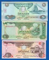 Emirats  Arabes  Unis  3  Billets - Emirati Arabi Uniti