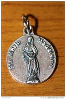 """Pendentif Médaille Religieuse """"Sainte Marie-Madeleine - Marie De Magdala - Mary Magdalene"""" Religious Medal - Religión & Esoterismo"""