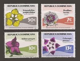 Dominicaine Dominicana 1979 Yv.836** + Pa 340/342 ** Fleurs Flower  Passiflora Foetida Stigmaphillon Calotropis Isidorea - Dominican Republic