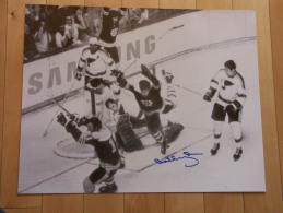 Hockey Autographe Réel De Bobby Orr, Promotion Samsung Dans Les Futur Shop - Autographié Par Bobby Orr, Explication - Autographes