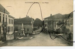 CPA. D01. HAUTECOUR. La Place. L. FERRAND Edit - France
