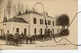CPA. D01. Belley. La Gare. Attelages Chevaux. B.F PARIS  LUX - Belley