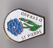 PIN'S  THEME VILLE  DE SAINT PIERRE D'EYRAUD  EN DORDOGNE  RARE - Cities