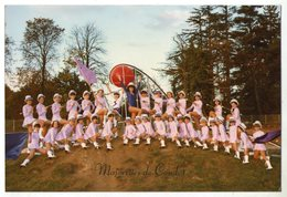 PHOTOGRAPHIE    87    CONDAT SUR VIENNE       GROUPE DE MAJORETTES - Alte Papiere