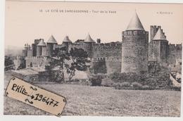 11 Carcassonne - Cpa / Tour De La Vade. - Carcassonne