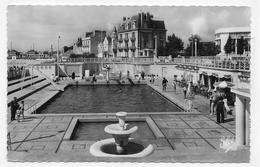 (RECTO / VERSO) LES SABLES D' OLONNE EN 1959 - N° 7317 - LA PSICINE - BELLE FLAMME - FORMAT CPA VOYAGEE - Sables D'Olonne